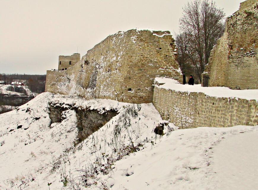 Снова возле крепости. Талавский захаб.