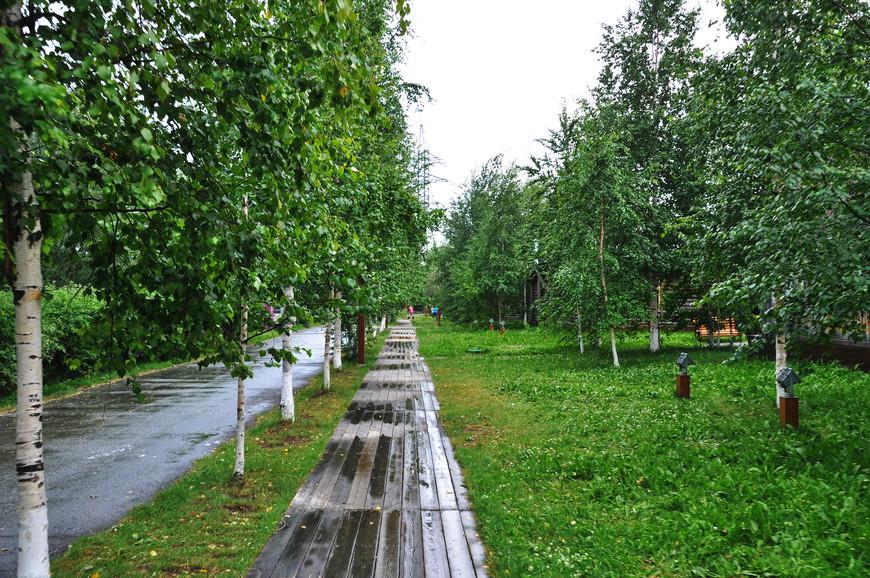 16. Дорога ведущая в небольшой этно-комплекс «Старый Сургут».