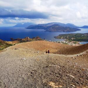 На острове Вулкано есть свой Вулкан