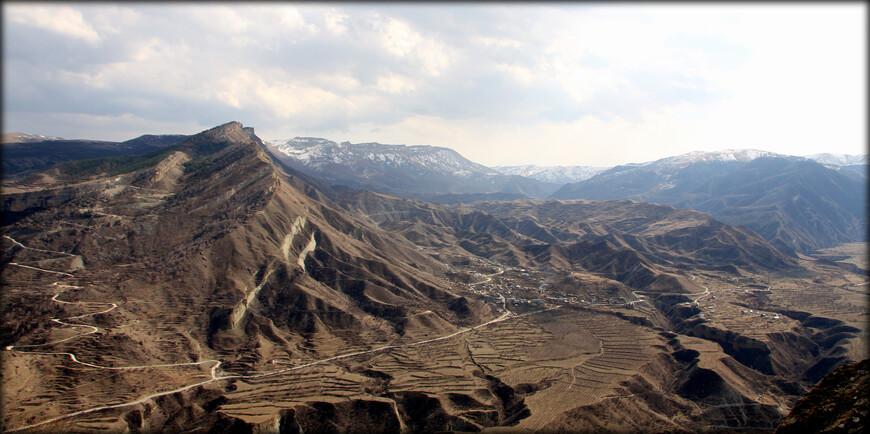 Завидую тем, кто имеет возможность приехать сюда на длительное время, чтобы изучить не только центральную часть горного Дагестана, но и южную, где находятся его наивысшие точки.