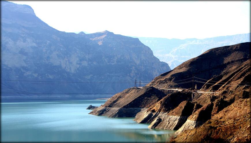 Но за последние 15-20 лет открыто и описано немало новых озер, в основном горных, расположенных в труднодоступных районах. В результате этого численность только горных озёр возросло до 155.