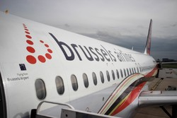 В Брюсселе с рейса сняли 41 дебошира