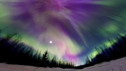 Астрономы: жители Петербурга могут увидеть полярное сияние