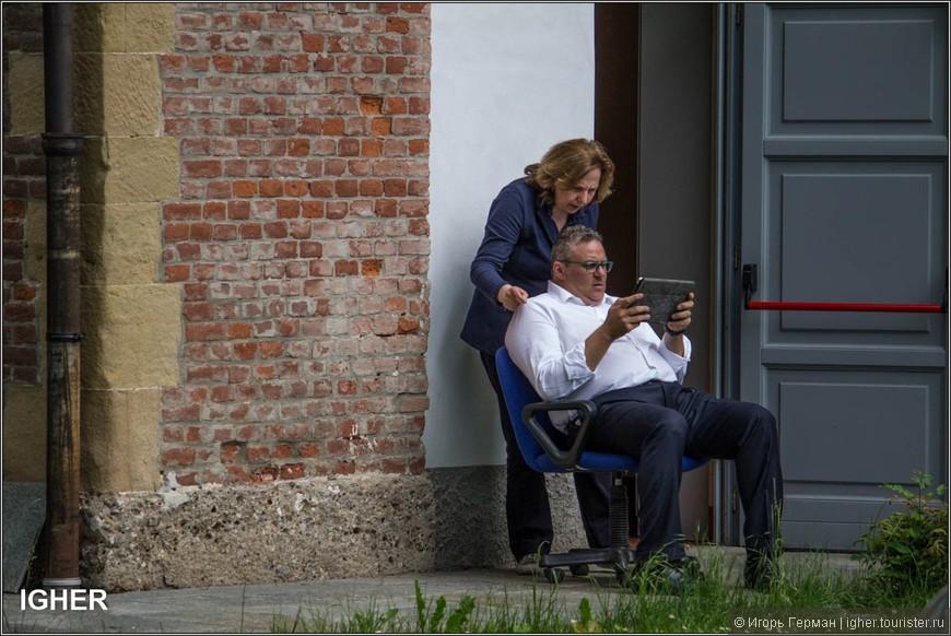итальянский начальник и его секретарша