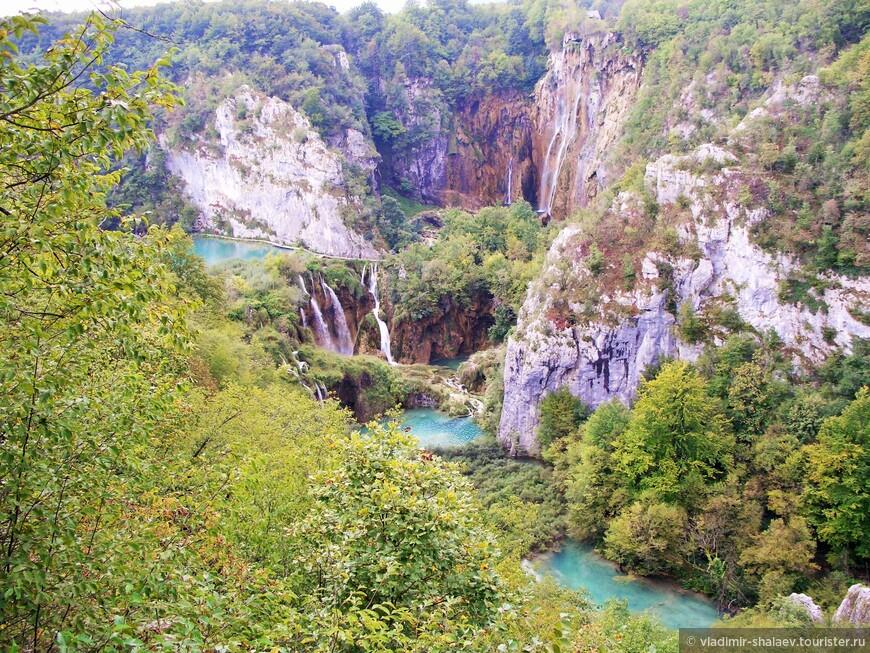 Эта красота расположена в горах Хорватии.