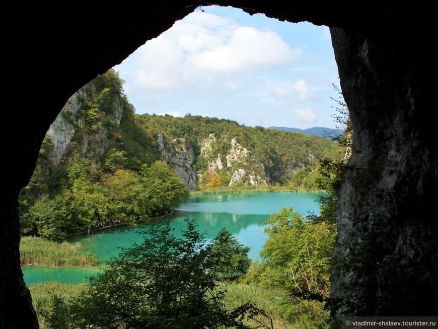 Также на территории Национального парка находится 36 пещер и гротов.