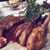Фирменное руанское блюдо - карамелизированные ножки куропатки в сидре