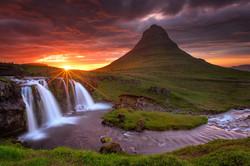 В Исландии туристов научат делать безопасные селфи
