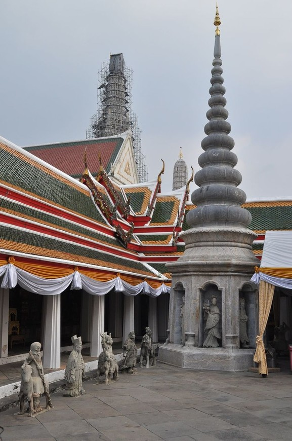 Wat Arun. Bangkok, Thailand