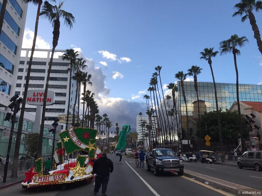 Christmas Parad Hollywood 11.27.16,  (6).JPG
