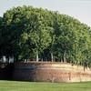 Крепостные стены Лукки