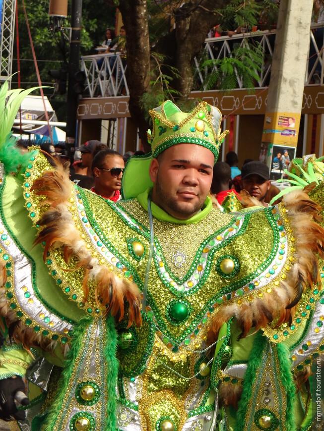 самые красочные и страшные карнавальные костюмы именно в ЛА ВЕГА