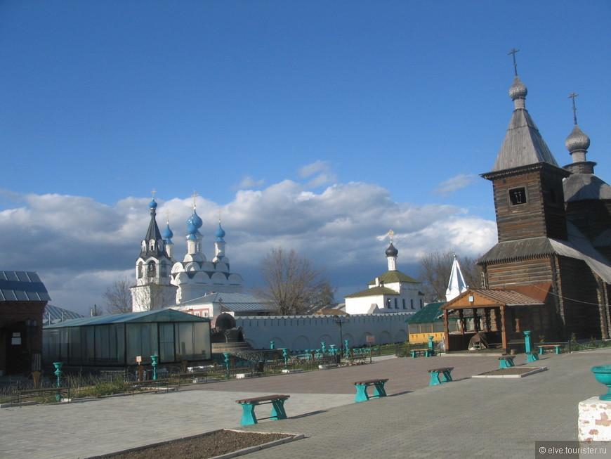 Свято-Троицкий женский монастырь.