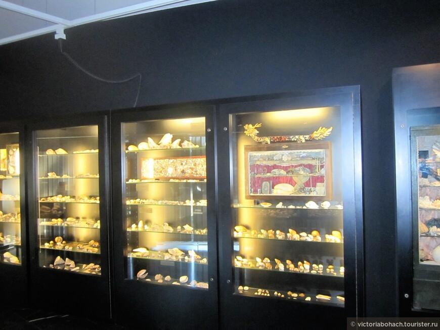 здесь даже есть коллекция морских ракушек со всего мира.