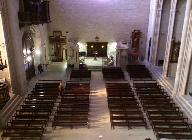 Можно увидеть церковь с высоты этого самого балкона, а потом подниматься дальше