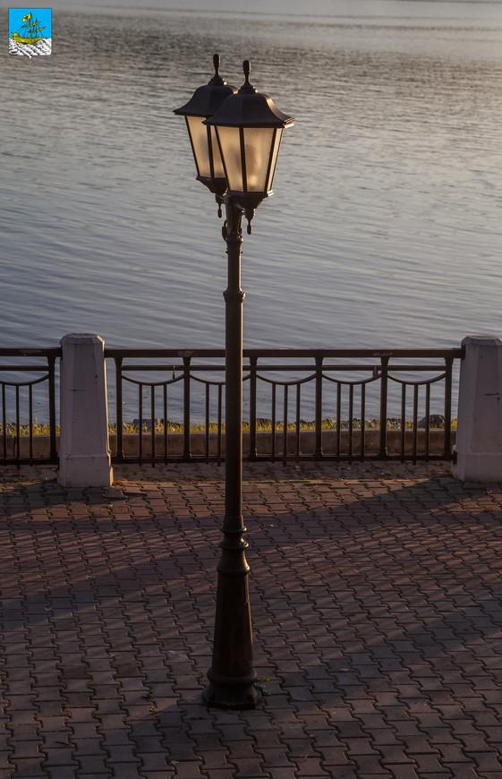 Кострома. Фонарь на набережной