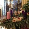 Рождественское убранство в церкви