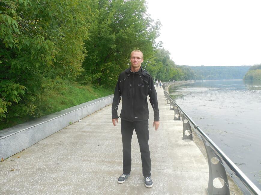 Филёвский парк (парк «Фили»), Филёвская набережная и Москва-река