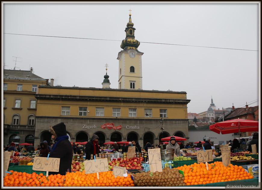 Открытый рынок Долац расположен совсем недалеко от Кафедрального собора. На большой площади продаются самые разнообразные продукты со всех регионов Хорватии.