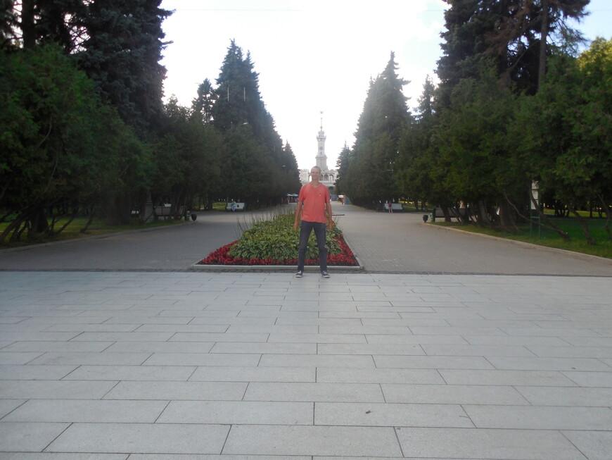 Парк Северного речного вокзала и Северный речной вокзал