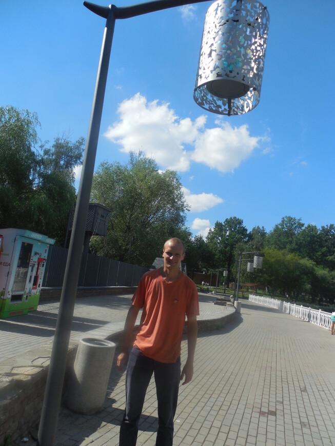 Лианозовский парк - необычные уличные фонари