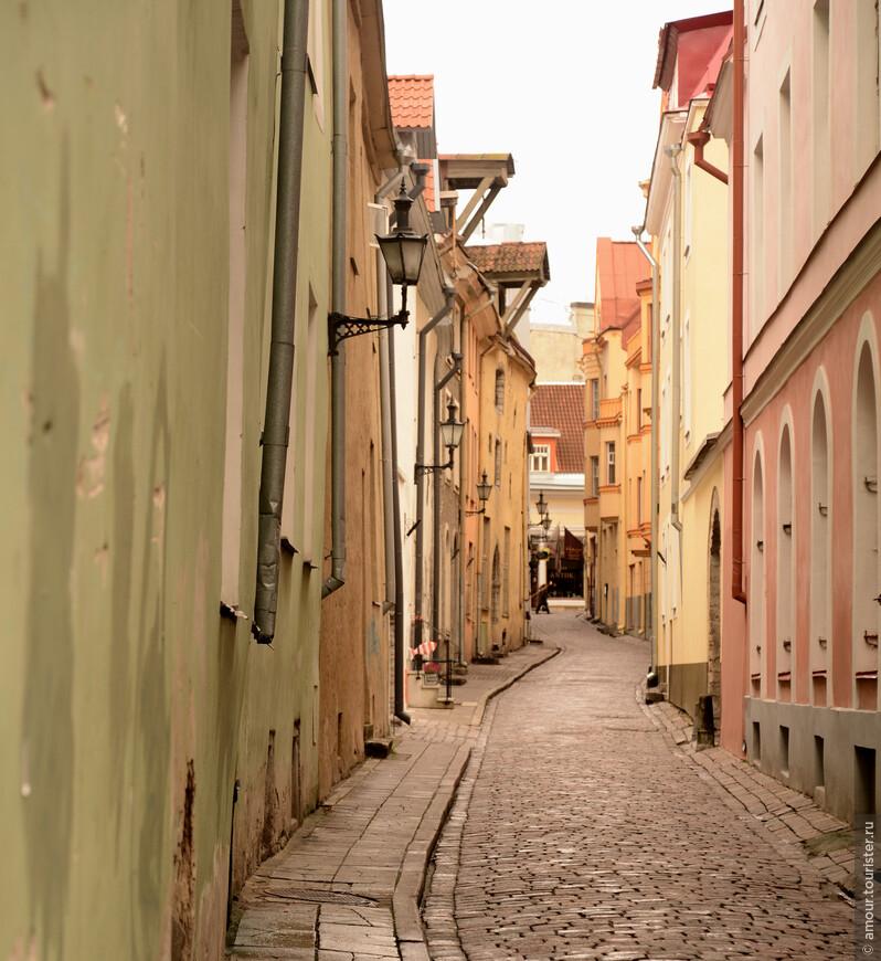 Узкие городские улочки.