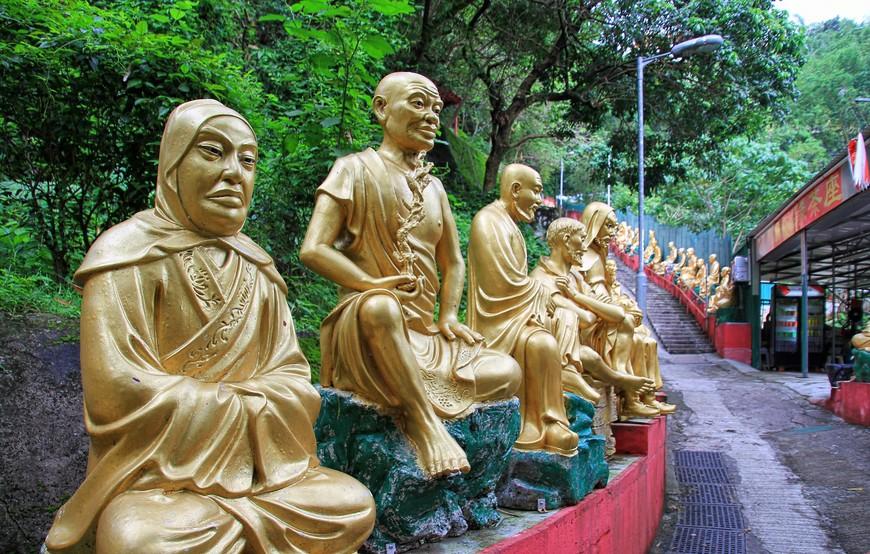 Будды и правда все разные. Я так и не нашла двух одинаковых, хотя старалась.