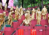 Гонконг. Монастырь Десяти тысяч Будд.