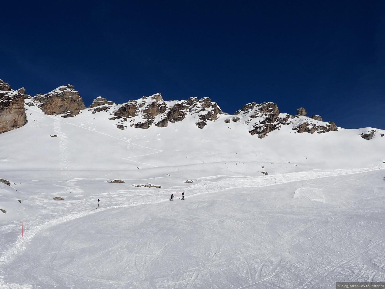 Пешеходы или катание на горных лыжах снизу вверх, Австрийский Бад-Гаштайн, открытие сезона