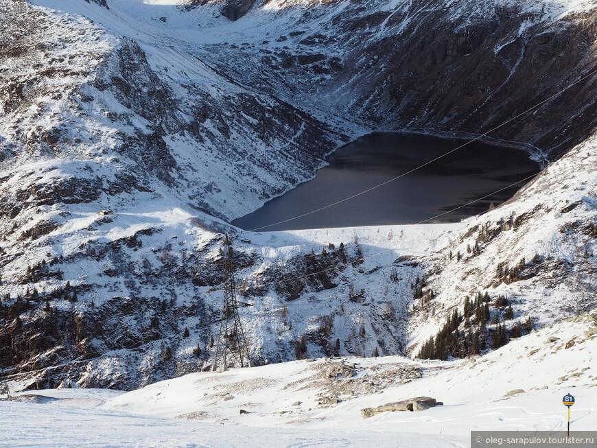 Не замерзшее озеро на 1500 м