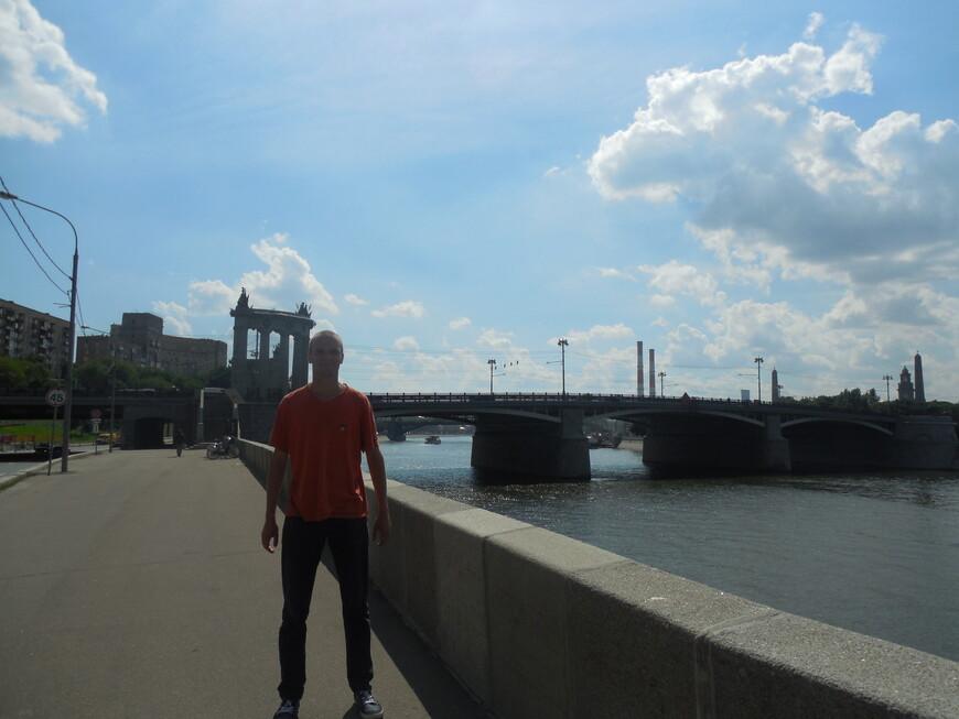 Бородинский мост, Смоленская набережная и Москва-река