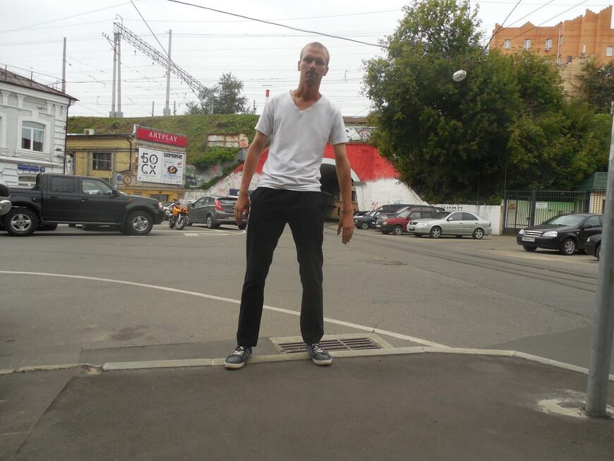 Центр дизайна и архитектуры «Artplay» и железная дорога Курского направления