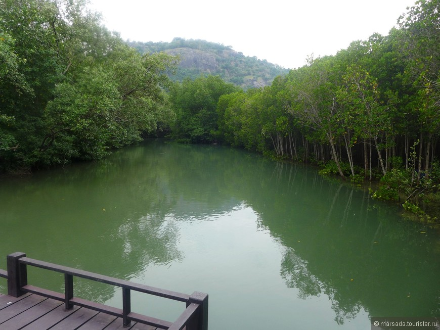 Это река Пранбури.
