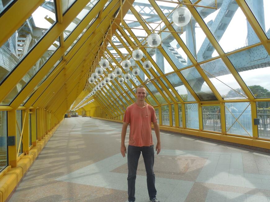 Пушкинский (Андреевский) мост внутри