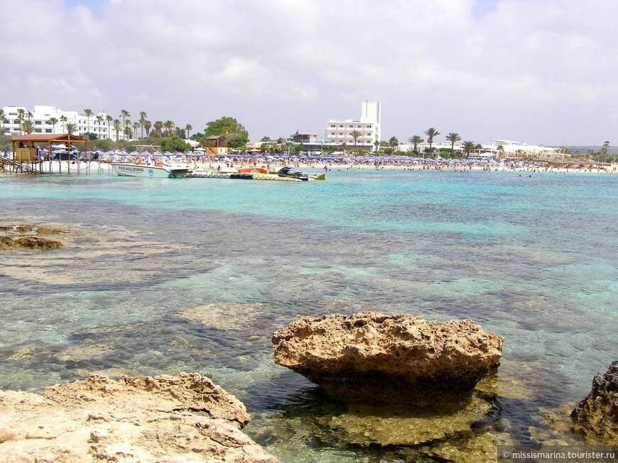 Этот камень мне напомнил ту самую ракушку... Богиня Афродита родилась из волн, Она ступила на песчаный берег Кипра...