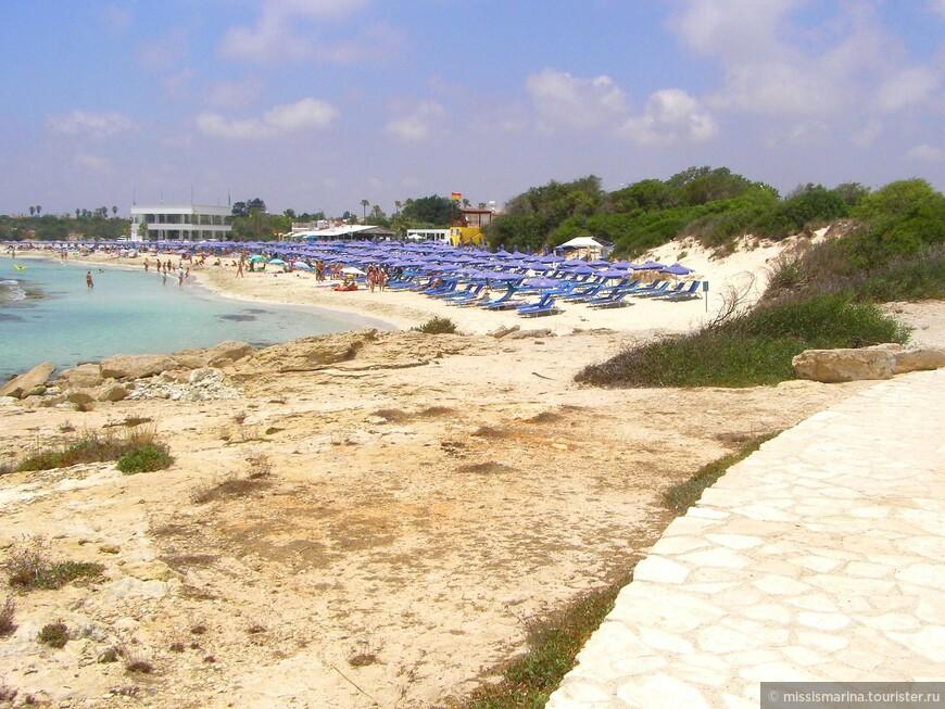 Вид на пляж Ланда с противоположной стороны