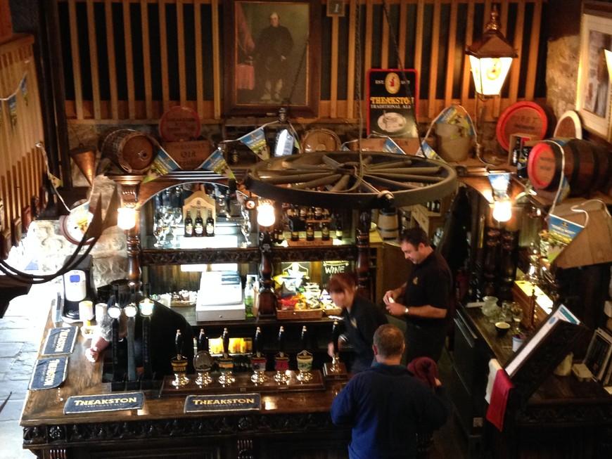 На некоторых пивоварнях, как, напаример, на Тикстоне, были свои дегустационные залы