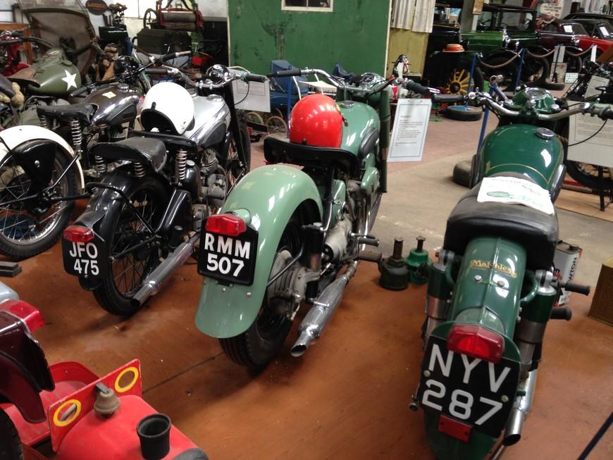 Это частный музей мотоциклов в Уэльсе. Там было несколько изумительных раритетов..