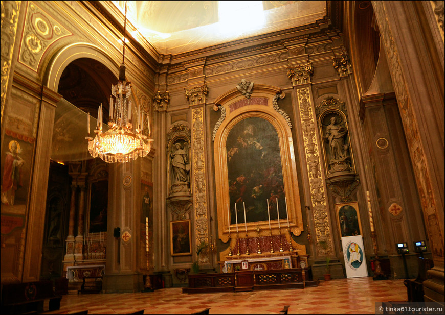 Интерьеры собора.