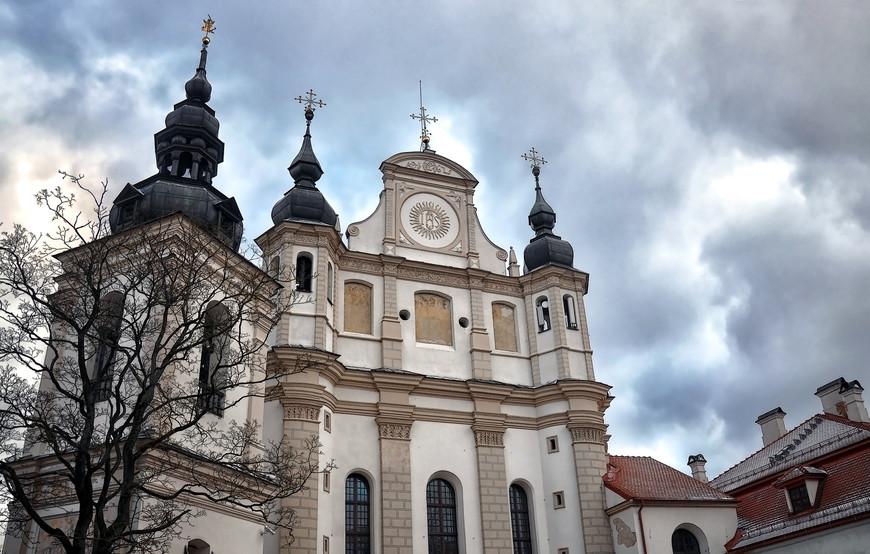 Город расположен на территории, входившую в раннесредневековую дофеодальную культуру восточнолитовских курганов балтов.