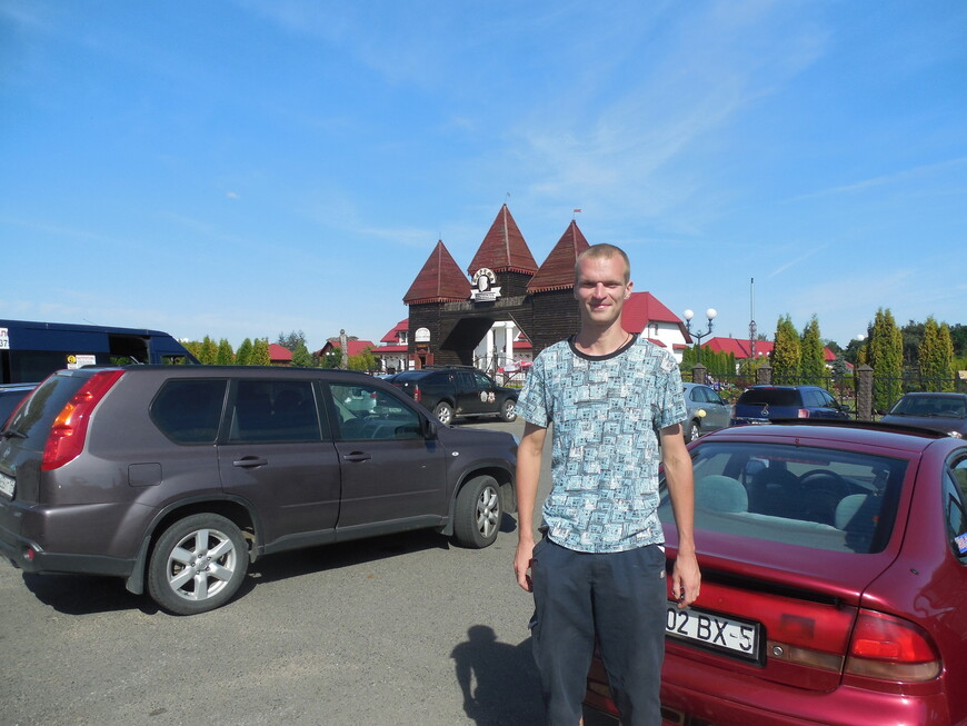 Культурно-развлекательный комплекс «Белорусская деревня XIX века»: входная группа