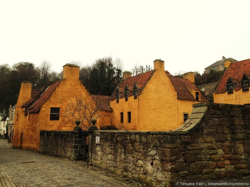 Как устоять пред таким очарованием? Дворец Сэра Джоржа  (Георга) Брюса (Palace Culross), потомка Брюсов, королевской шотландской крови.