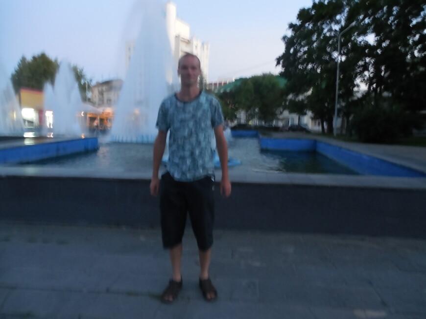 Сквер 40-летия Победы: каскадный фонтан