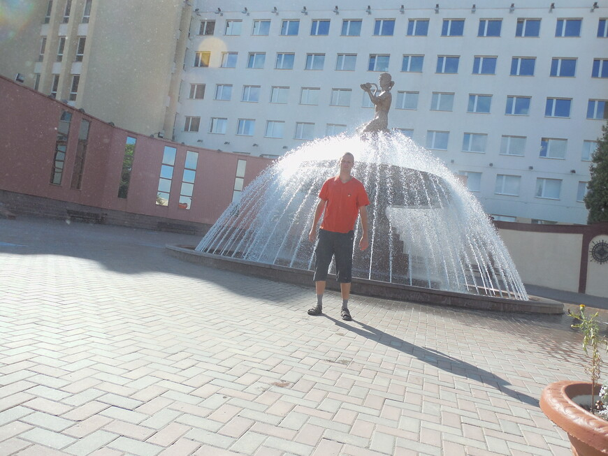 Витебский государственный медицинский университет (ВГМУ): фонтан «Гигея - богиня медицины»