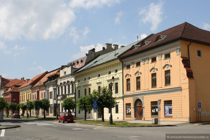 Дома вокруг главной площади