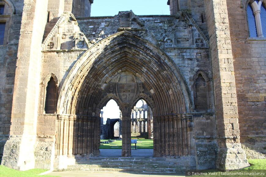 Когда западные врата, портал был украшен, зрелище было потрясающим!