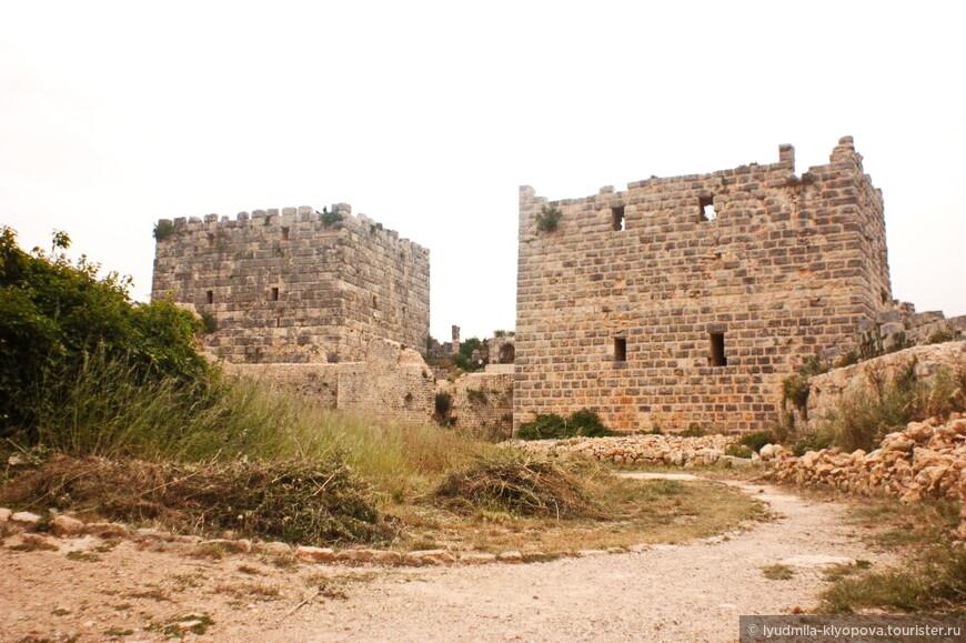 Замок стал частью вновь образованного государства крестоносцев — княжества Антиохии. Здесь было развёрнуто большое строительство, в результате которого было возведено мощное укрепление. Именно его стены и башни составляют главный массив цитадели.