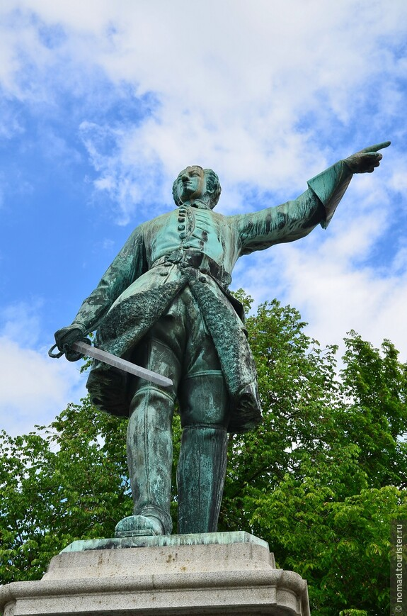 Статуя Карла XII в парке Кунгстрэдгорден
