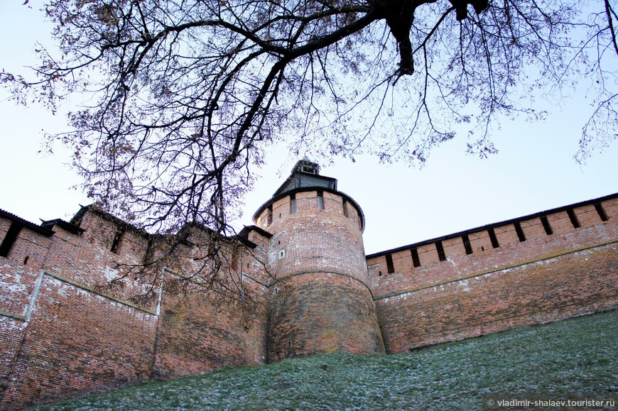 Часовая башня кремля. Здесь находился главный сторожевой наблюдательный пункт крепости.