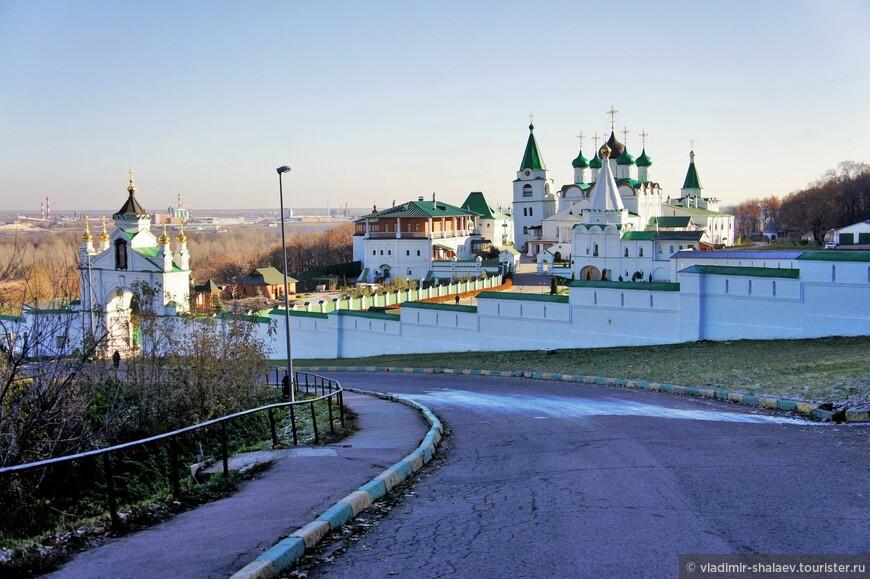 Вознесенский Печёрский мужской монастырь.